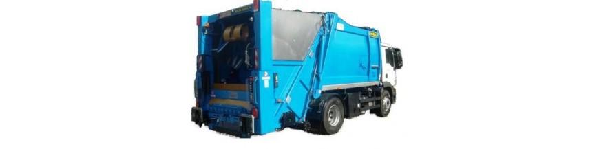 Części zamienne, materiały do zabudowy śmieciarki. Śmieciarka to należący do grupy pojazdów komunalnych samochód specjalny zbudowany zazwyczaj na podwoziu samochodu ciężarowego. Przystosowany jest do zbiórki odpadów komunalnych i wywozu ich na miejsce składowania (wysypisko śmieci) lub utylizacji. Cechą charakterystyczną śmieciarki jest urządze...